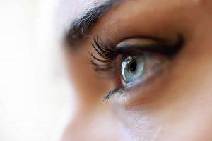 Come truccare gli occhi con prodotti naturali: ombretti Snep